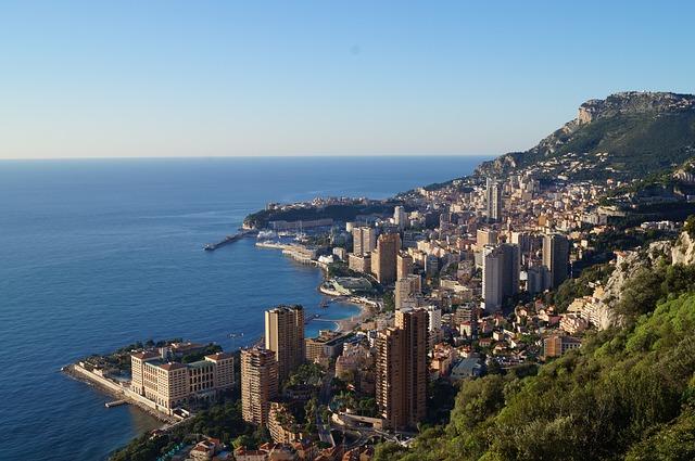 Vue de Monaco depuis Roquebrune.