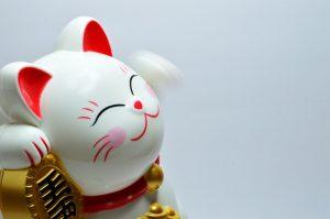 Figurine de chat japonais