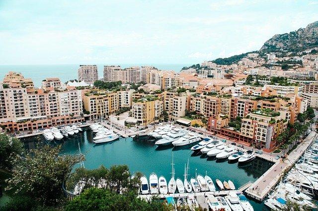Port de Monaco en chauffeur VTC.